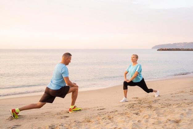 ejercicios pareja playa